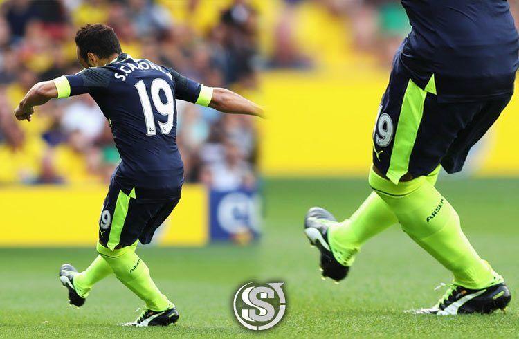 Santi Cazorla (Arsenal) - Puma EvoTouch