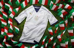 Presentazione maglia away Italia 2016-17