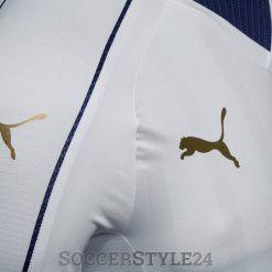 Loghi Puma dorati, maglia Italia 2017