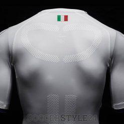 Retro seconda maglia Italia 2016-2017 Puma