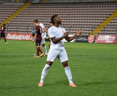 Seconda maglia Triestina 2016-17