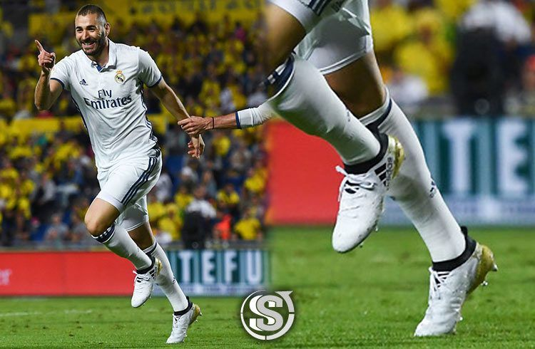Karim Benzema (Real Madrid) - adidas X 16.1