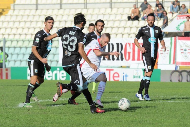 Divisa trasferta Virtus Entella 2016-2017