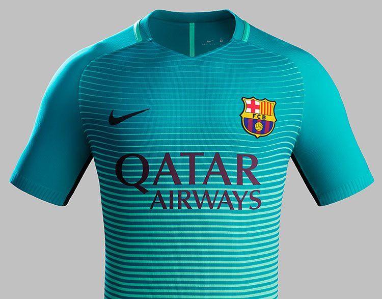 Barcellona terza maglia 2016-17 verde acqua