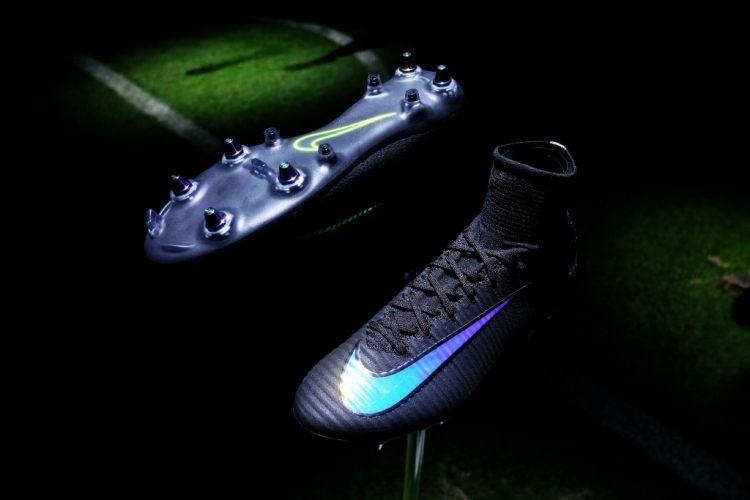 Nike Mercurial Superfly, suola Anti-Clog