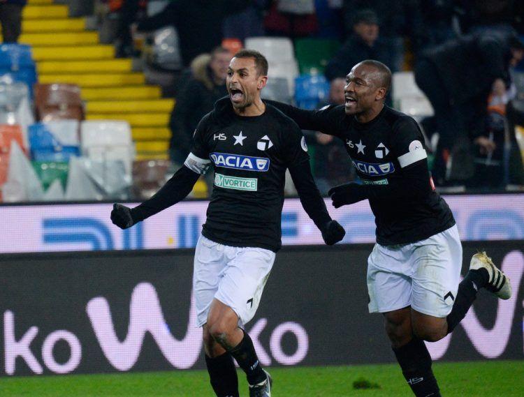 Danilo con la maglia dell'Udinese per i 120 anni
