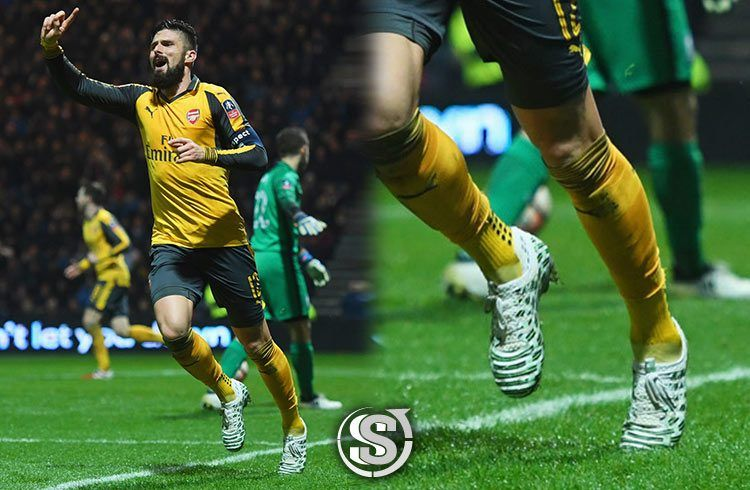 Olivier Giroud (Arsenal) - Puma EvoPower Vigor Camo 1
