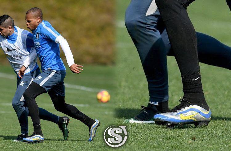 Jonathan Biabiany (Inter) - Nike Mercurial Superfly Heritage iD