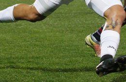 Dybala e Verratti scarpe nere no sponsor