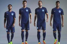 Kit Inghilterra 2017 Nike blu
