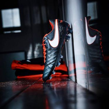 Scarpe Nike Tiempo Legend Derby rosse