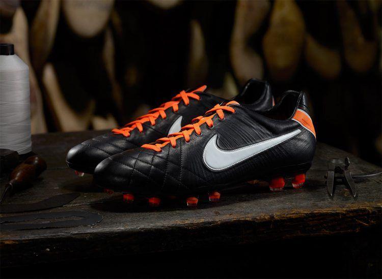 Nike Tiempo Elite nero arancione