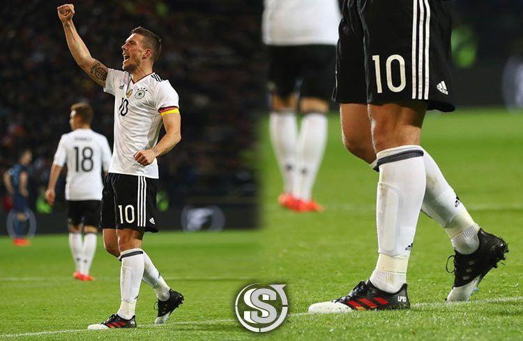 Lukas Podolski (Germania) - adidas ACE 17.1