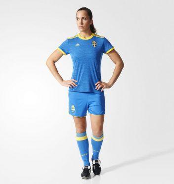 Divisa Svezia away 2017 blu adidas