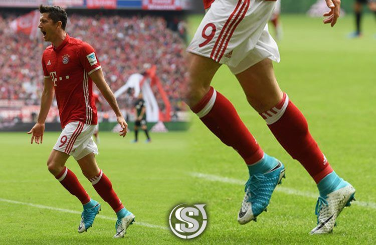 Robert Lewandowski (Bayern Monaco) - Nike HyperVenom Phantom 3 DF