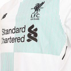 Dettaglio maglia Liverpool trasferta 2017-18