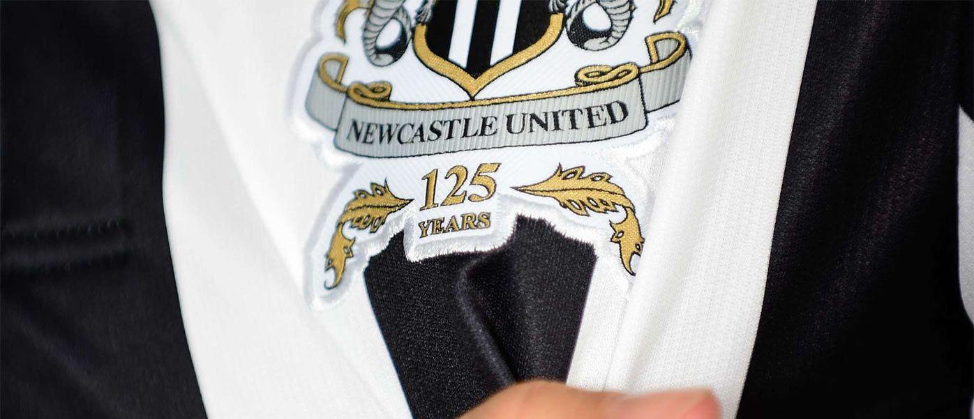 Newcastle United logo 125 anni