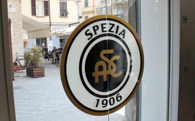Vetrata store Spezia logo