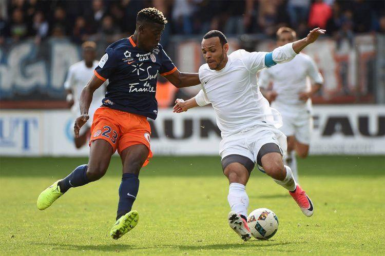 Il Tolosa con la maglia Nike contro il Montpellier