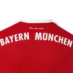 Mia san Mia maglia Bayern 2017-18