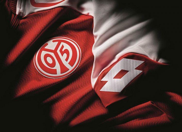 Effetto onda 3D maglia Mainz 05 Lotto