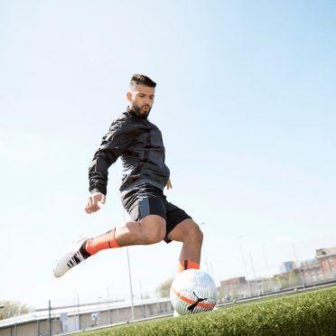 Sergio Aguero indossa le scarpe Puma One