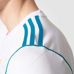 Tre strisce spalle Real Madrid