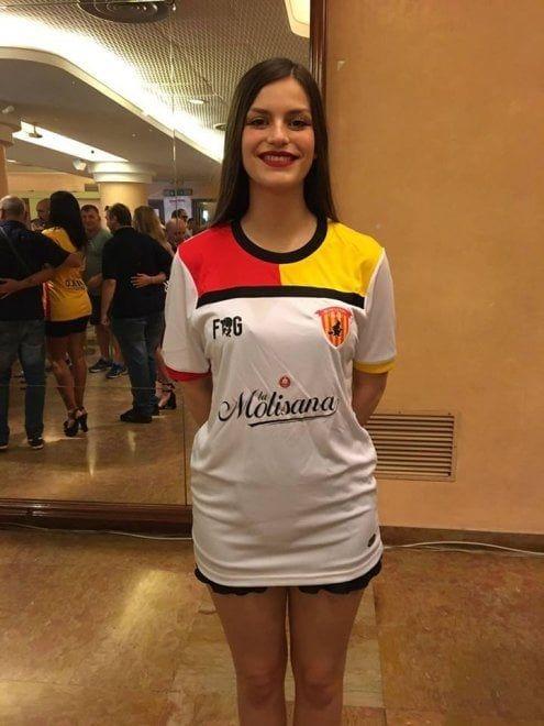 Seconda maglia Benevento 2017-2018