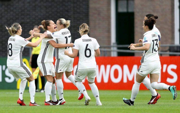 Font Germania, kit home donne