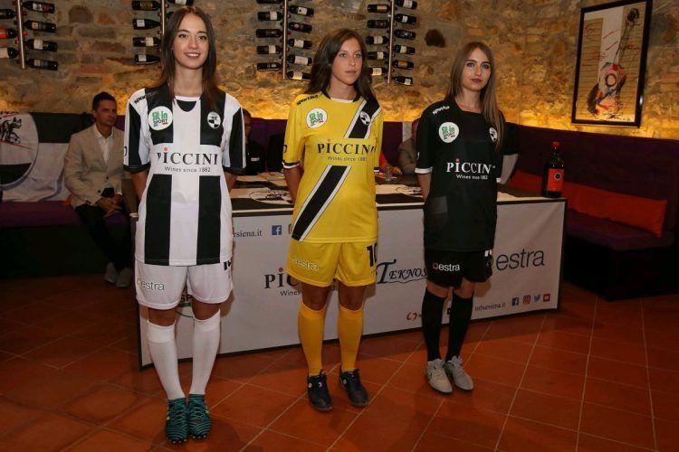 La presentazione delle maglie del Siena 2017-2018