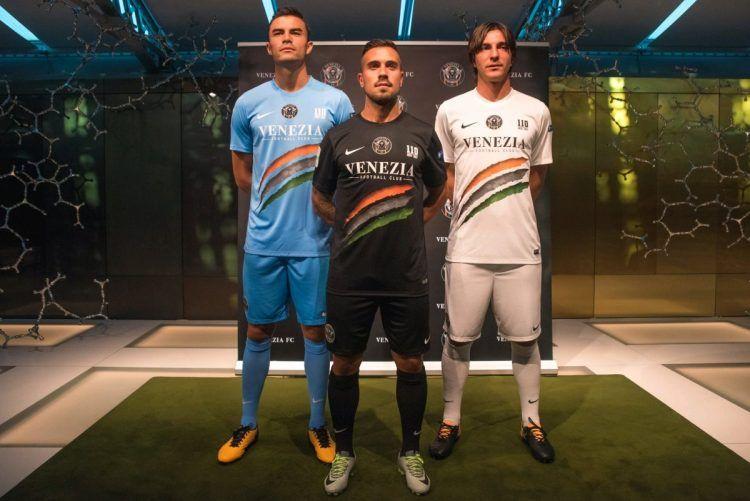 Divise Venezia 2017-2018 Nike