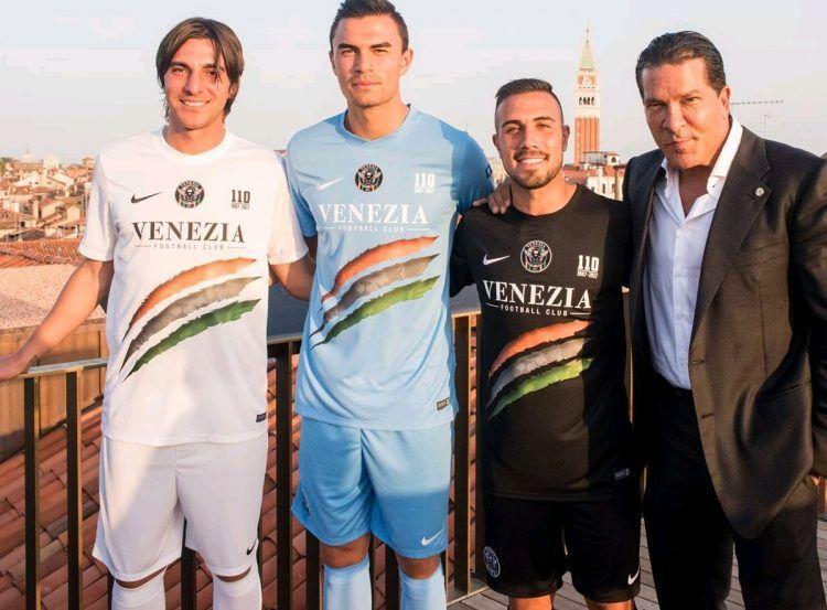 Presentazione maglie Venezia 2017-2018 Serie B