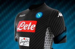 La maglia Karbon del Napoli 2017-2018