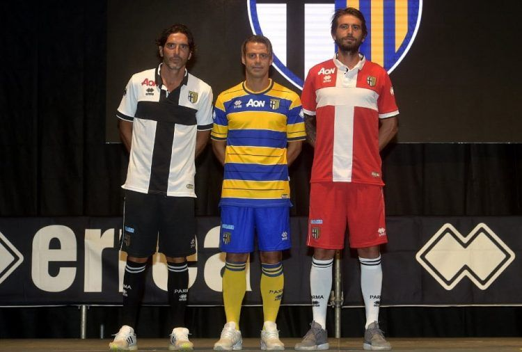 Presentazione maglie Parma 2017-2018 Serie B