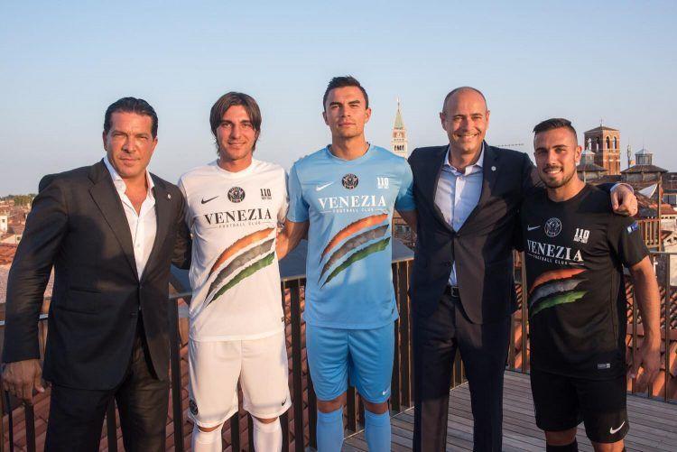 Tutte le maglie del Venezia per la Serie B 2017-2018