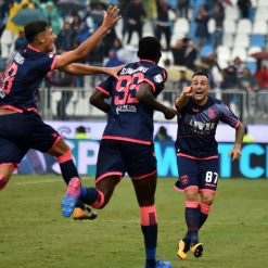 Font terza maglia Crotone 2017-2018