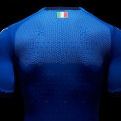 Dettaglio tessuto evoKnit maglia Italia