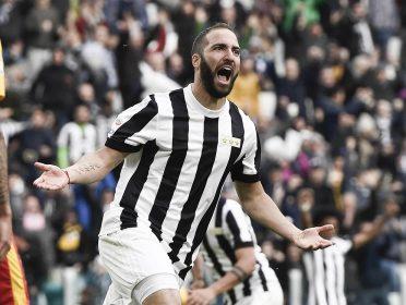 Higuain divisa Juventus 120 anni