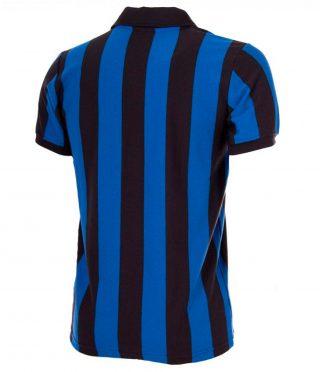 Il retro della prima maglia dell'Inter anni '80