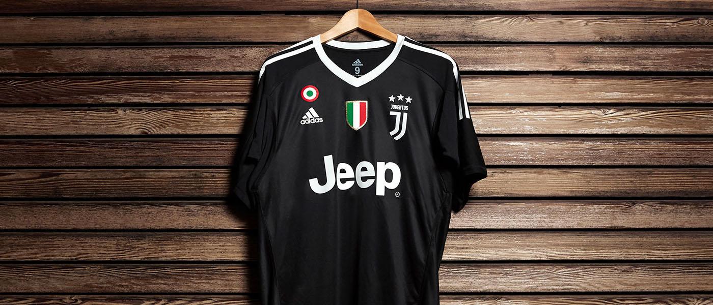 "Juventus 2017-2018, Maglia ""Black Edition"" Gianluigi Buffon, sfondo"