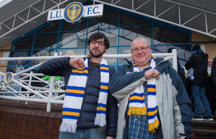 "Leeds United, tifosi, ""Leeds Salute"""
