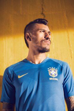 Brasile maglia away 2018