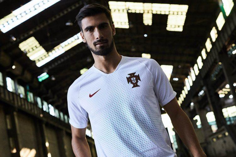 La seconda maglia del Portogallo per i Mondiali 2018