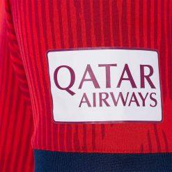 Sponsor Qatar Airways manica, maglia Bayern Monaco