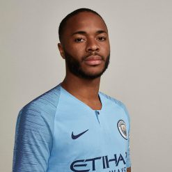 Sterling con il nuovo kit del City