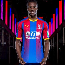 Kit Crystal Palace home 2018-19