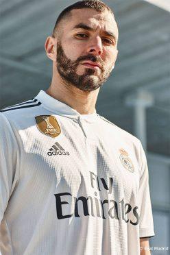 Benzema, prima maglia Real Madrid