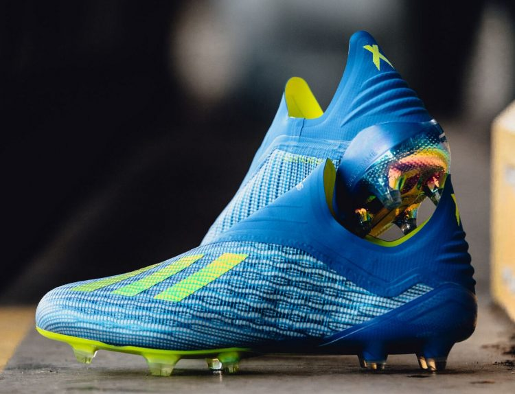Le scarpe da calcio adidas X 18+