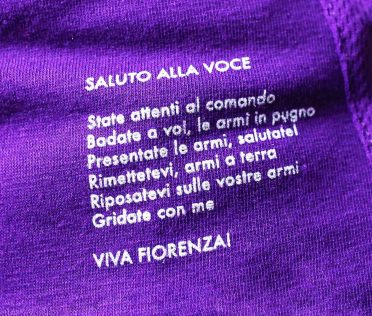 Saluto alla voce, prima maglia Fiorentina