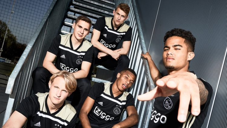 Kit Ajax away 2018-2019